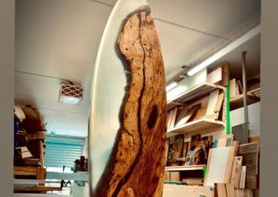 Création unique bois corse et résine